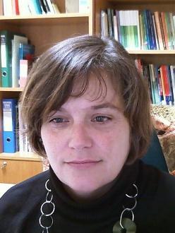 Photograph of Araceli González Crespán